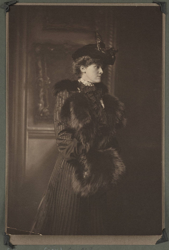 Edith Wharton - Beinecke Rare Book & Manuscript Library, Yale University / Wikipedia